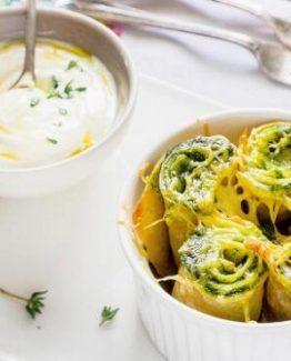 Pfannkuchen mit Ricotta und Spinat