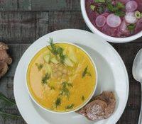 Velouté aus Karotten, Kichererbsen und Avocado